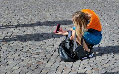 Mésaventure : en panne de Smartphone, elle met brutalement fin à ses vacances !